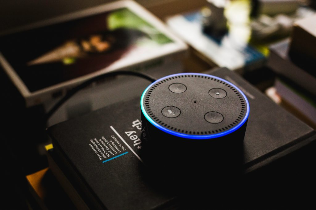 Digital marketing trends - voice speaker